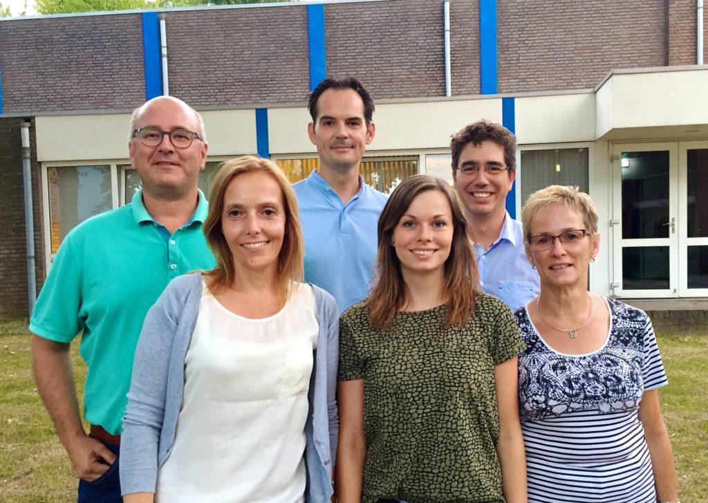 v.l.n.r. Wim Bogie, Anouk van Lier, Willem van Pol. Noortje Wielders, Ward Duchossoy, Lia Wielders